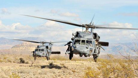 Can canh truc thang sat thu dieu hau den UH-60 Black Hawk cua My - Anh 5