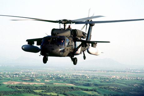 Can canh truc thang sat thu dieu hau den UH-60 Black Hawk cua My - Anh 7