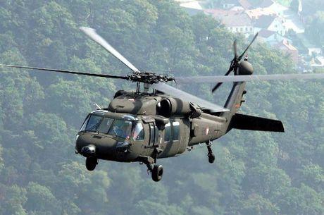 Can canh truc thang sat thu dieu hau den UH-60 Black Hawk cua My - Anh 9