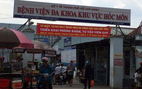 Tiep tuc co hang chuc cong nhan ngat xiu vi ngo doc - Anh 1