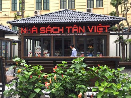 Me man khong gian sang chanh nhu Tay o pho sach Ha Noi - Anh 3