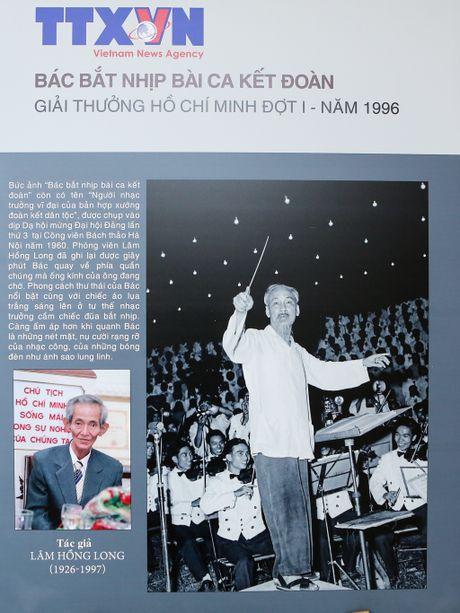 Anh cua TTXVN doat Giai thuong Nha nuoc va Ho Chi Minh qua cac thoi ky - Anh 1