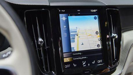 Crossover hang sang Volvo XC60 moi 'chot gia' 1,3 ty - Anh 6