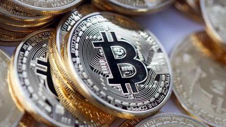 Gia Bitcoin vuot moc 1.900 USD - Anh 1