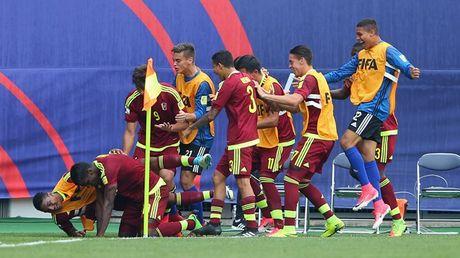 U20 Duc thua soc Venezuela o tran ra quan U20 World Cup - Anh 2