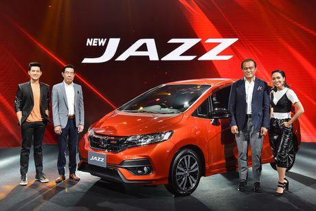 Hatchback Honda Jazz 2017 'sieu re' gia chi 365 trieu - Anh 1