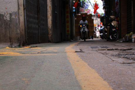Doc dao 'duong BRT' danh rieng cho tre em di bo o Ha Noi - Anh 2