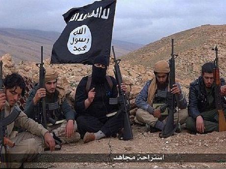 IS tan cong quan chinh phu o Homs, 27 linh Syria thiet mang - Anh 1