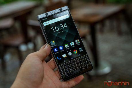Tren tay Blackberry Keyone: ban ra vao cuoi thang 6, gia 15 trieu - Anh 9