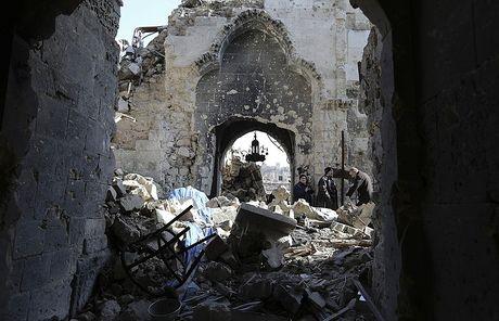 My khong kich Syria, LHQ lap tuc len tieng - Anh 1