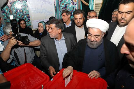 Ong Rouhani tai dac cu tong thong Iran - Anh 1