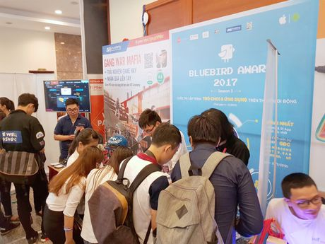 Loat startup Vexere, Giaohangnhanh, Fastsell,... tu hoi tai Vietnam Mobile Day 2017 - Anh 4