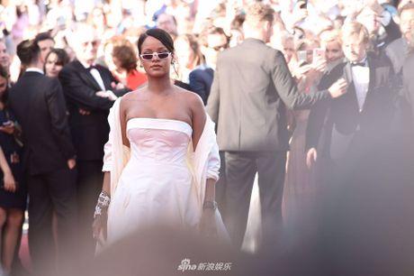 Dan sao Hollywood noi bat, nghe si TQ mo nhat tren tham do Cannes - Anh 4