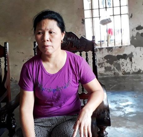 Be tieu hoc no don cua co giao vi khong lam duoc bai - Anh 3