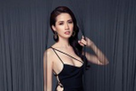Phan Thi Mo mac tre nai, khoe vong mot cuc sexy - Anh 10