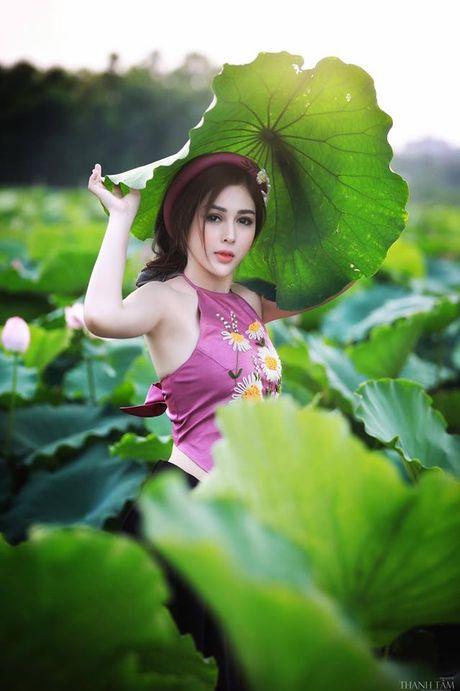 Dien vien Vo Thanh Hien goi cam ben sen: 'Doi khi phai manh me buong bo cai cu de don nhan cai moi' - Anh 2