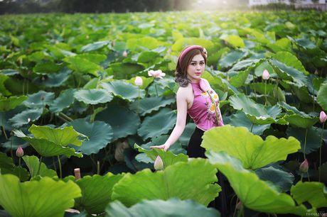 Dien vien Vo Thanh Hien goi cam ben sen: 'Doi khi phai manh me buong bo cai cu de don nhan cai moi' - Anh 7