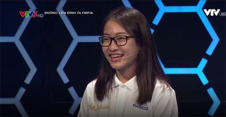 Hai co gai xinh dep 'gay bao' chuong trinh Olympia 2017 - Anh 3