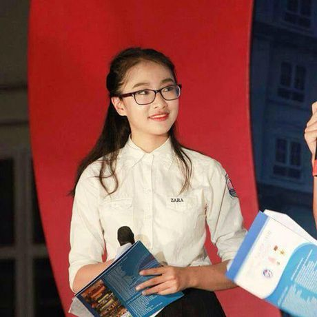 Hai co gai xinh dep 'gay bao' chuong trinh Olympia 2017 - Anh 7