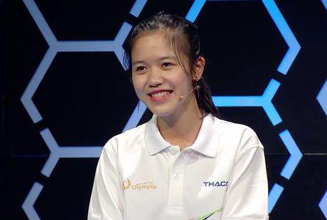 Hai co gai xinh dep 'gay bao' chuong trinh Olympia 2017 - Anh 9