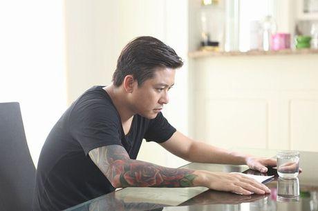 'Fan cuong' xam hinh Tuan Hung vao bap chan va chia se hai huoc - Anh 4