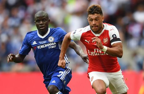 Chelsea tranh sao that sung o Arsenal voi Liverpool va Man City - Anh 2