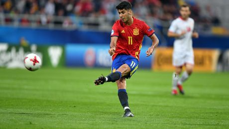 23h00 ngay 20/06, U21 Serbia vs U21 Macedonia: Co hoi khong danh cho ca hai - Anh 1