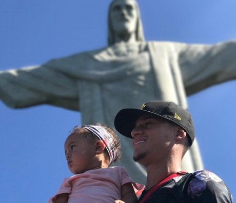 Sao Liverpool du lich cung nhau tai Brazil - Anh 3