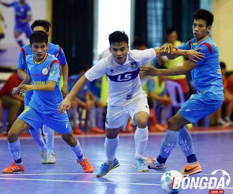 Vong 16 giai Futsal VDQG 2017: Huynh de tuong tan - Anh 1