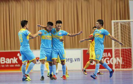 Vong 16 giai Futsal VDQG 2017: Huynh de tuong tan - Anh 2