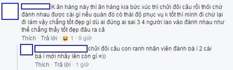 Cong dong mang xon xao vu khach hang lao vao danh chui nhan vien quan che tren pho Ha Noi - Anh 2