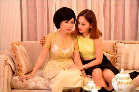 "Tai hop Viet Trinh sau ""Tro ve 2"", Lan Phuong bat tay voi nguoi tinh ho de tra thu cho me - Anh 3"