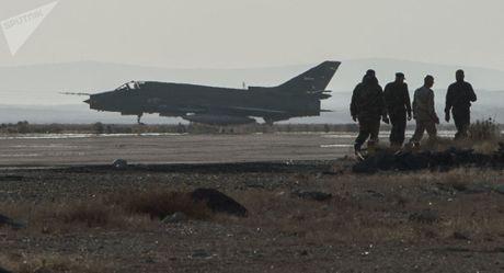 Quan chuc Nga noi ve vu Su-22 Syria bi My ban roi - Anh 1