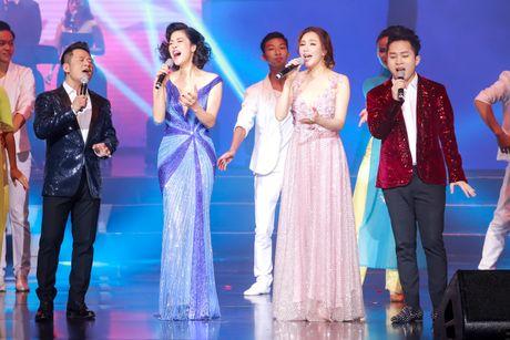 Ho Quynh Huong hoi ngo Quang Dung, Hong Nhung tai Ha Noi - Anh 3