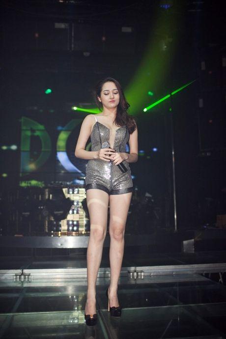 Khong co chieu cao nhung Bao Anh khien Mai Phuong Thuy, Hari Won nguong mo vi dieu nay! - Anh 5