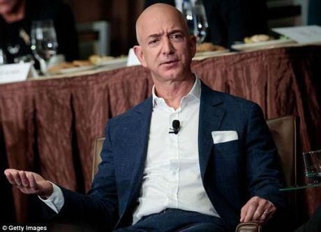 Thau tom Whole Foods, CEO Amazon sap thanh nguoi giau nhat the gioi - Anh 3