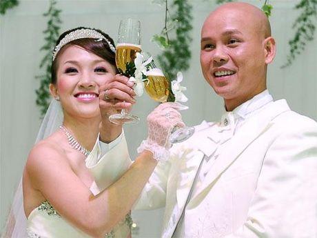 Ca si bi nghi chen ep dan em - Phan Dinh Tung la ai? - Anh 3
