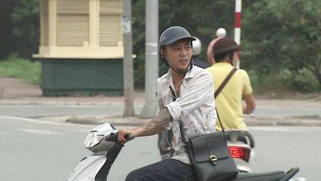 Tong xe vao nguoi phu nu lon tuoi, nam thanh nien gia vo do loi roi lao xe bo tron - Anh 10