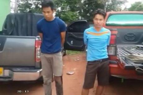 BDBP Ha Tinh bat giu 1.000 banh thuoc phien chuan bi vao Viet Nam - Anh 1