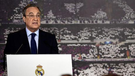 Chu tich Real Madrid tranh nhac toi Ronaldo sau khi tai dac cu - Anh 1