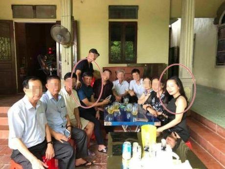 Phan Dinh Tung duoc 'giai oan'; 'Cuoc chien' giua vo dai gia voi Ha Ho cham dut? - Anh 4