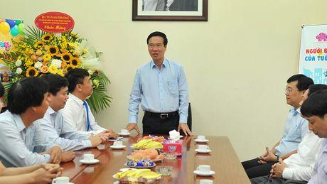 Lam bao cho nhi dong nhung phai chinh phuc duoc phu huynh - Anh 1