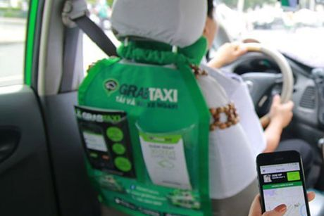 Bo Giao thong khang dinh khong co chuyen tam dung Uber, Grab - Anh 1