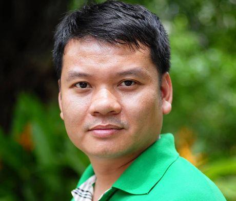 Nha bao Tran Anh Tu - Truong ban Dien tu, Bao Dai Doan Ket: Thong tin tren bao luon duoc tin cay hon mang xa hoi - Anh 1