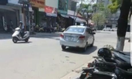 Bo GTVT: Khong dung thi diem xe hop dong dien tu - Anh 2