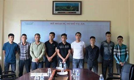 Khoi to them 12 doi tuong trong vu no sung tai TP Ha Tinh - Anh 1
