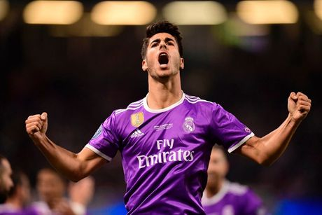 Hang cong Real Madrid se ra sao neu Ronaldo 'dao tau' sang MU? - Anh 3