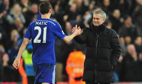 The thao 24h: Matic roi bo Chelsea sang MU? - Anh 1