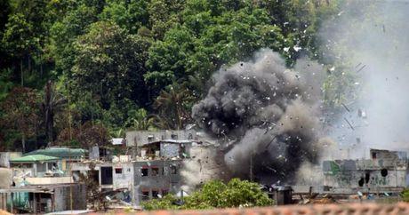 Tong thong Duterte cam ket tai thiet Marawi 'tuoi dep tro lai' - Anh 3