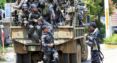Tong thong Duterte cam ket tai thiet Marawi 'tuoi dep tro lai' - Anh 4